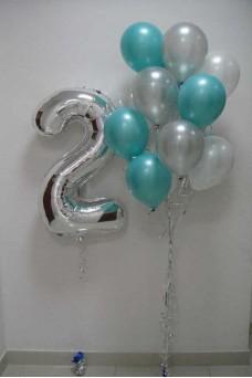 Фольгированная цифра 2 и связка шаров 15 шт.