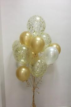 Золотой букет из шаров