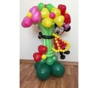 Мышка с цветами