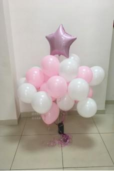 Розово-белое облако из шаров