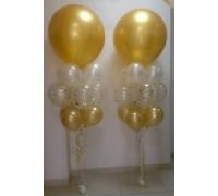 2 стойки с большими шарами