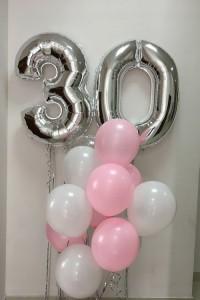 Букет воздушных шаров на 30 лет