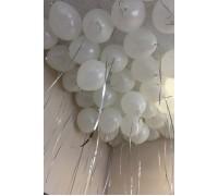 Белый шарик с гелием