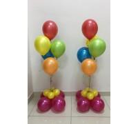 Два цветных фонтана из шаров с основанием
