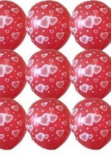 Красный шар с гелием в сердечках